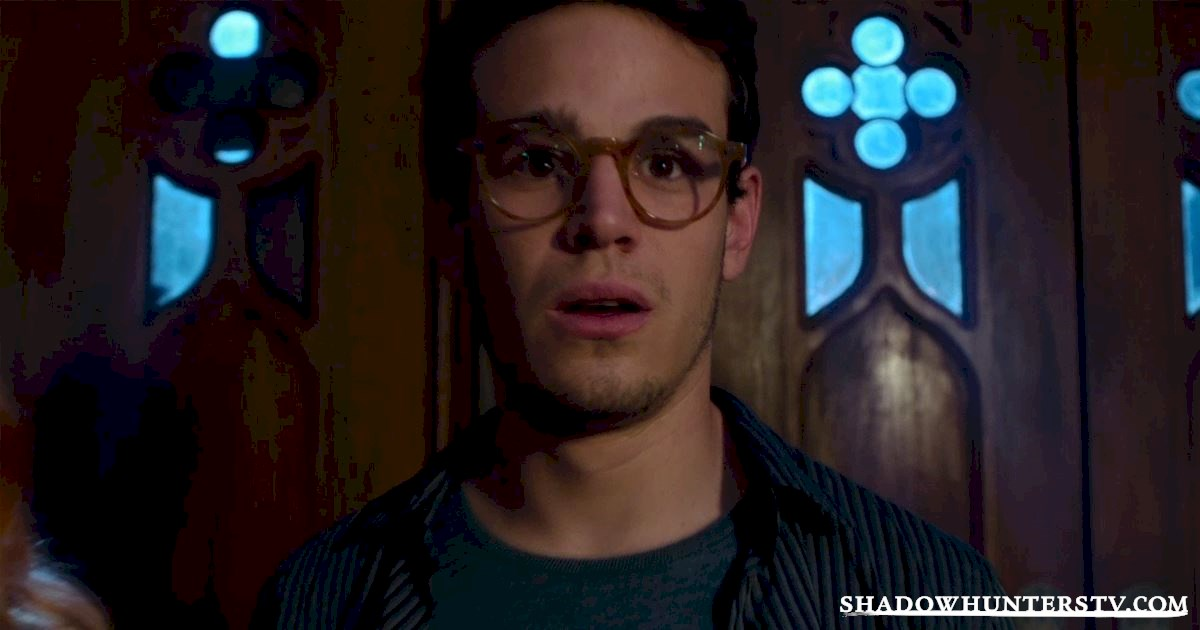 Shadowhunters - [VIDEO] Getting Up Close And Personal: Simon Lewis - 1003