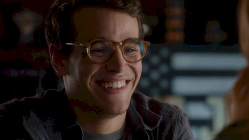 Shadowhunters - Simon is a Mundie No More: Watch Him at His Adorable Best!  - Thumb