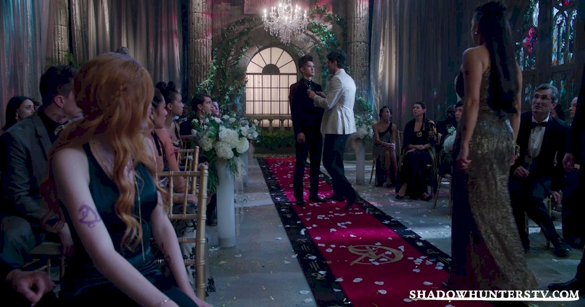 Shadowhunters - Vote For Your Favorite Third Wheel Of Season One! - 1011