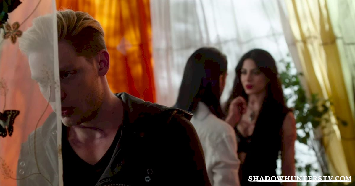 Shadowhunters - Vote For Your Favorite Third Wheel Of Season One! - 1004