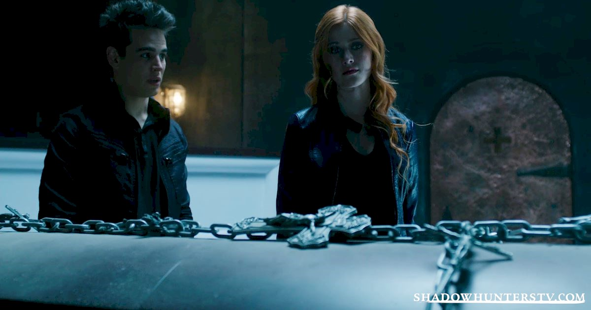 Shadowhunters - 14 Times Clary Did Something Crazy And Pulled Off The Impossible! - 1024