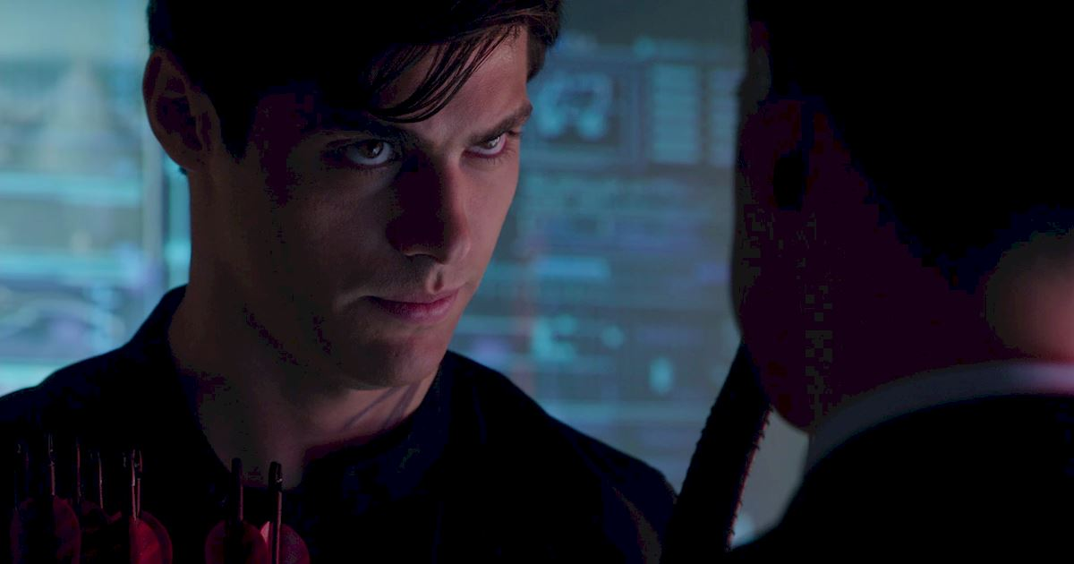 Shadowhunters - 36 Reasons To Love Alec Lightwood Even More Than You Already Do! - 1030