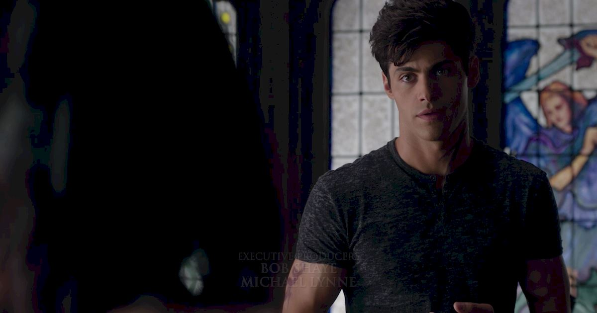 Shadowhunters - 36 Reasons To Love Alec Lightwood Even More Than You Already Do! - 1026