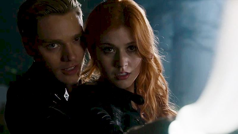 "Shadowhunters - [SNEAK PEEK] Episode 3: ""You're part Angel, Clary"" - Thumb"