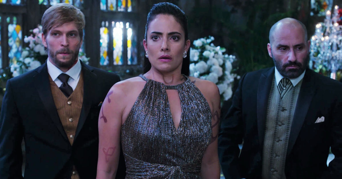 Shadowhunters - 12 Times We Were Completely Terrified Of Maryse Lightwood In Shadowhunters! - 1011