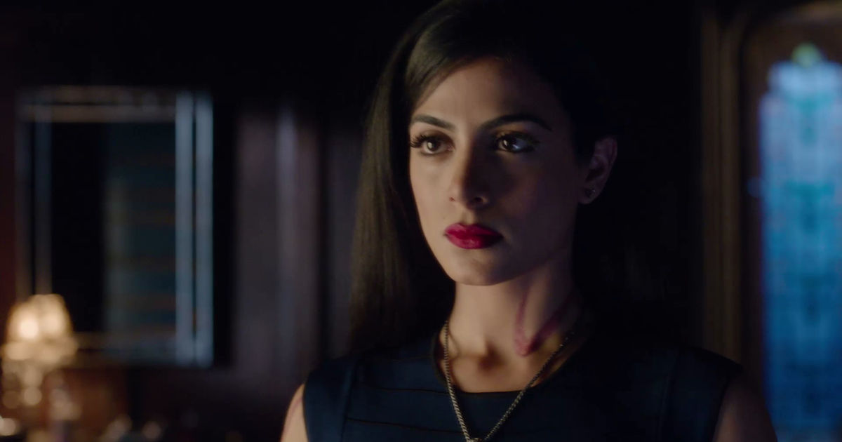 Shadowhunters - 12 Times We Were Completely Terrified Of Maryse Lightwood In Shadowhunters! - 1008