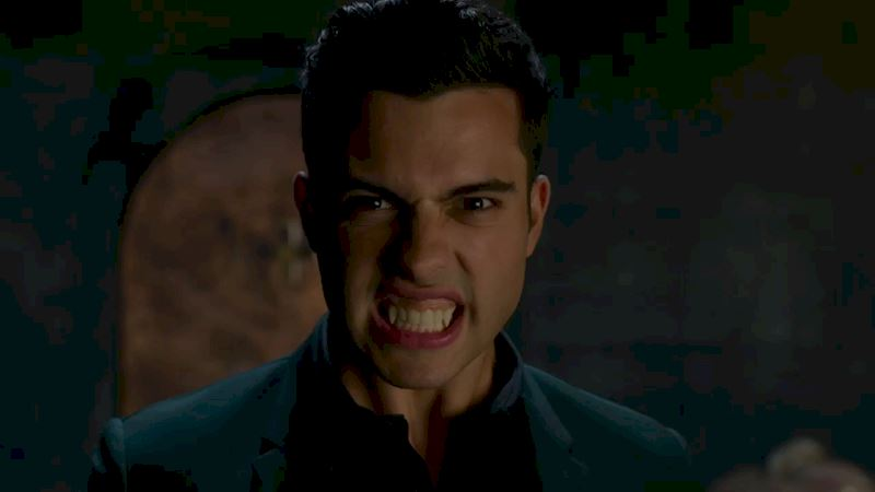 Shadowhunters - [QUIZ] Just How Likely Are You To Be The Next Vampire Fledgling? - Thumb