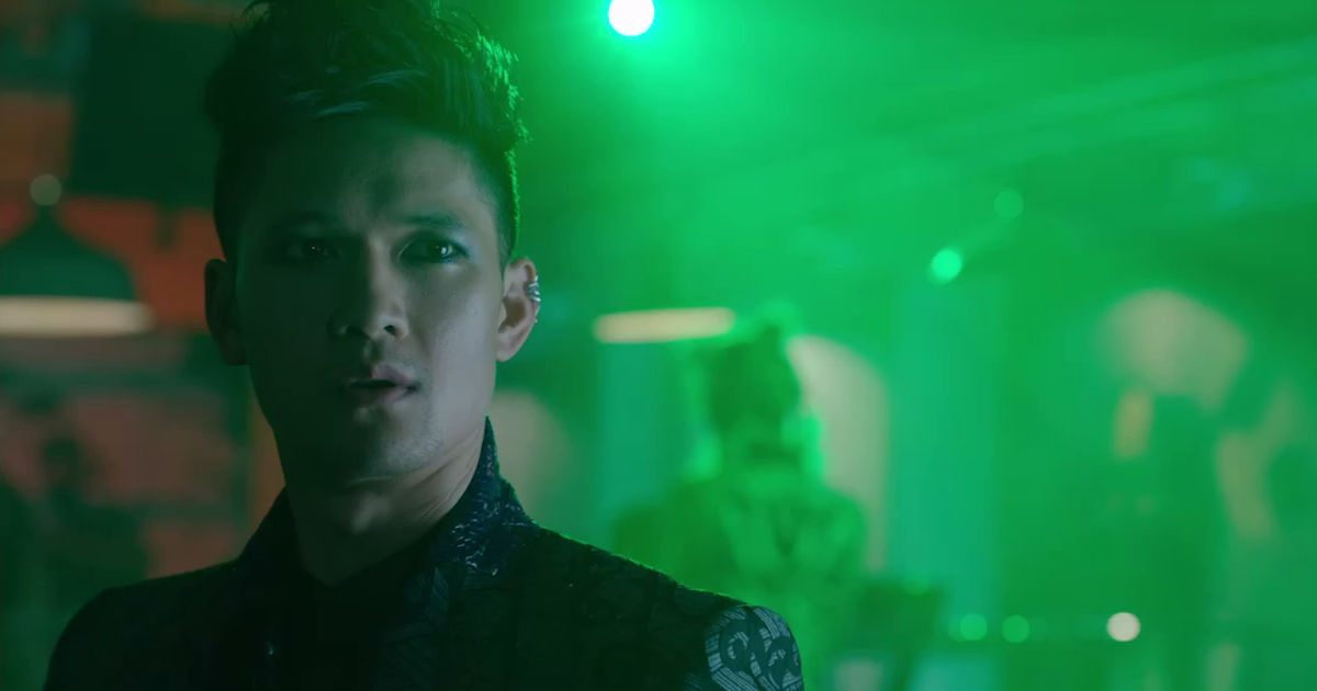 Shadowhunters - 20 Ways We Are All Magnus When We Have A Crush On Someone! - 1001