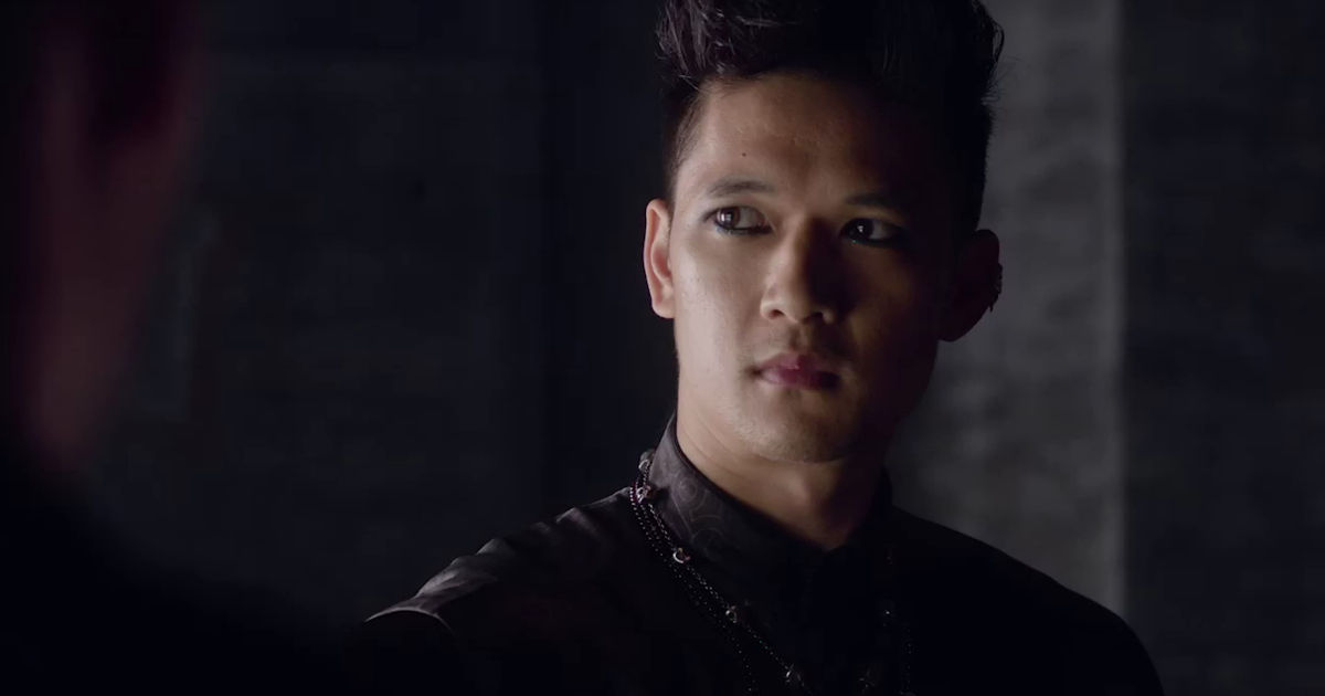 Shadowhunters - 20 Ways We Are All Magnus When We Have A Crush On Someone! - 1005