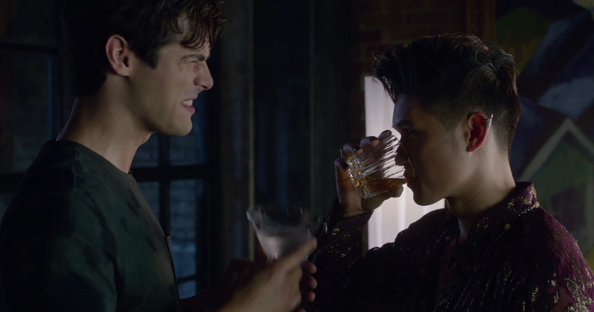 Shadowhunters - 20 Ways We Are All Magnus When We Have A Crush On Someone! - 1009