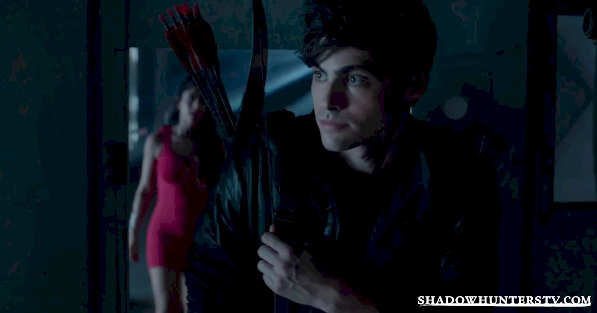 Shadowhunters - 31 Big Things We Learned From Shadowhunters Episode 3 - 1035