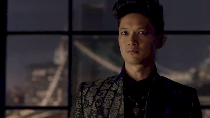 "Shadowhunters - [Sneak Peek] Episode 4: ""Pretty boy, get your team ready!""  - Thumb"