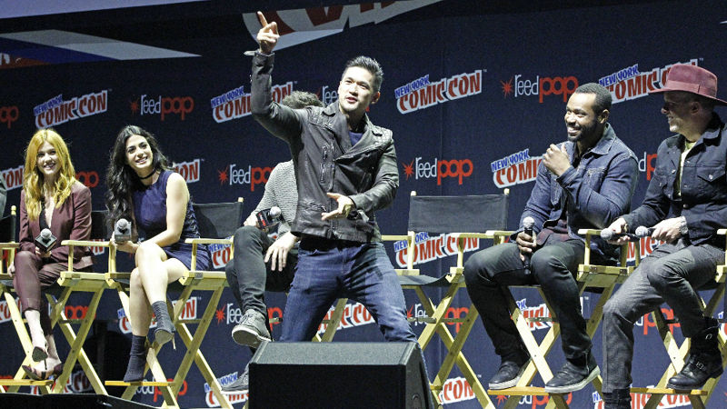 Shadowhunters - The Shadowhunters Stars Were At NYCC And We've Got The Photos To Prove It! - Thumb