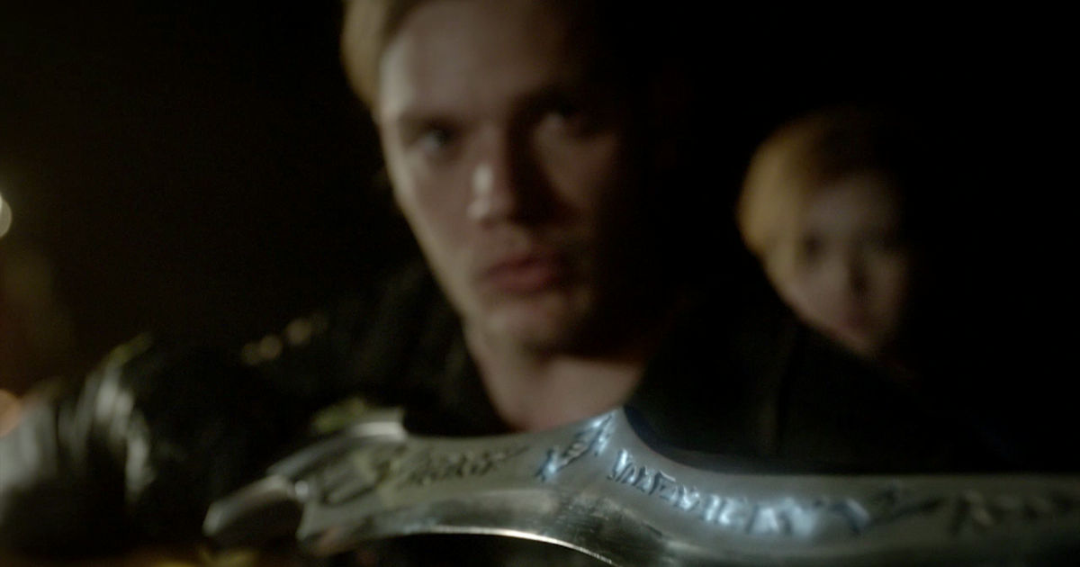 Shadowhunters - 14 Awesome Things We Learned About Season Two From The Showrunners - 1013