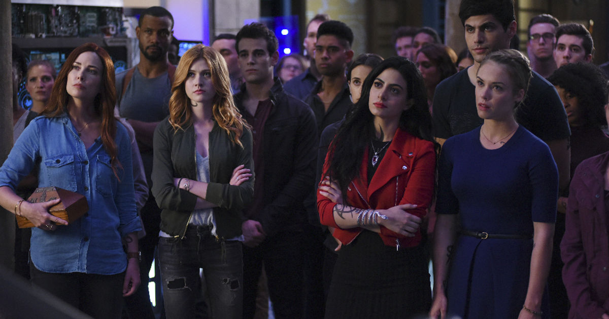 Shadowhunters - 14 Awesome Things We Learned About Season Two From The Showrunners - 1020