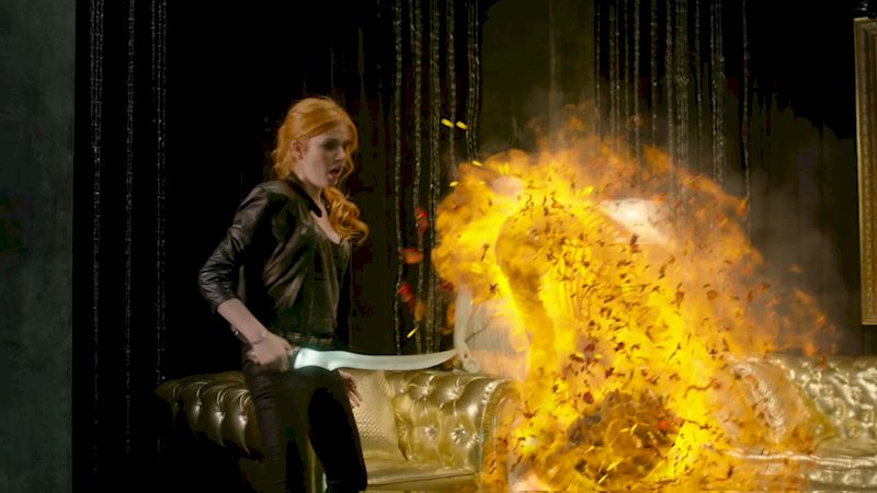 Shadowhunters - [POLL] Who Had The Best Vamp Slaying Skills In Episode Three? - Thumb