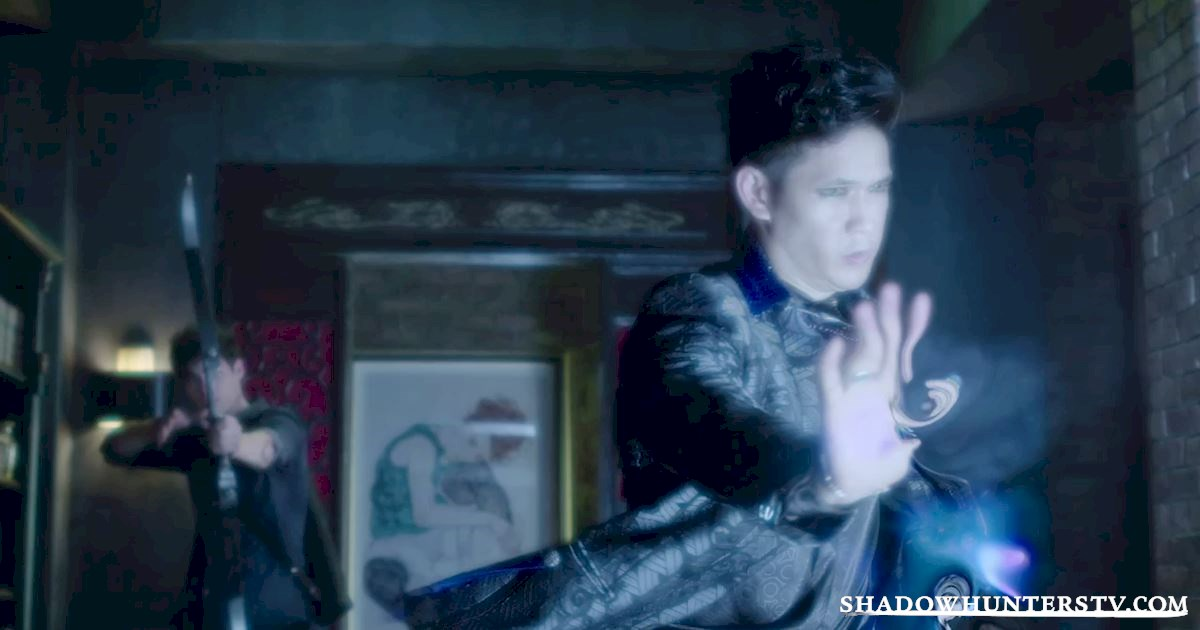 Shadowhunters - 32 Unbelievable Things We Learned From Episode 4 - 1028