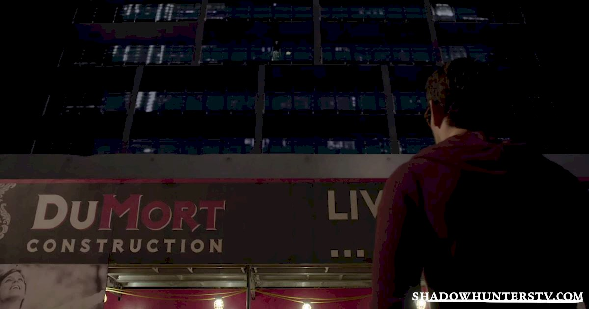Shadowhunters - 32 Unbelievable Things We Learned From Episode 4 - 1037