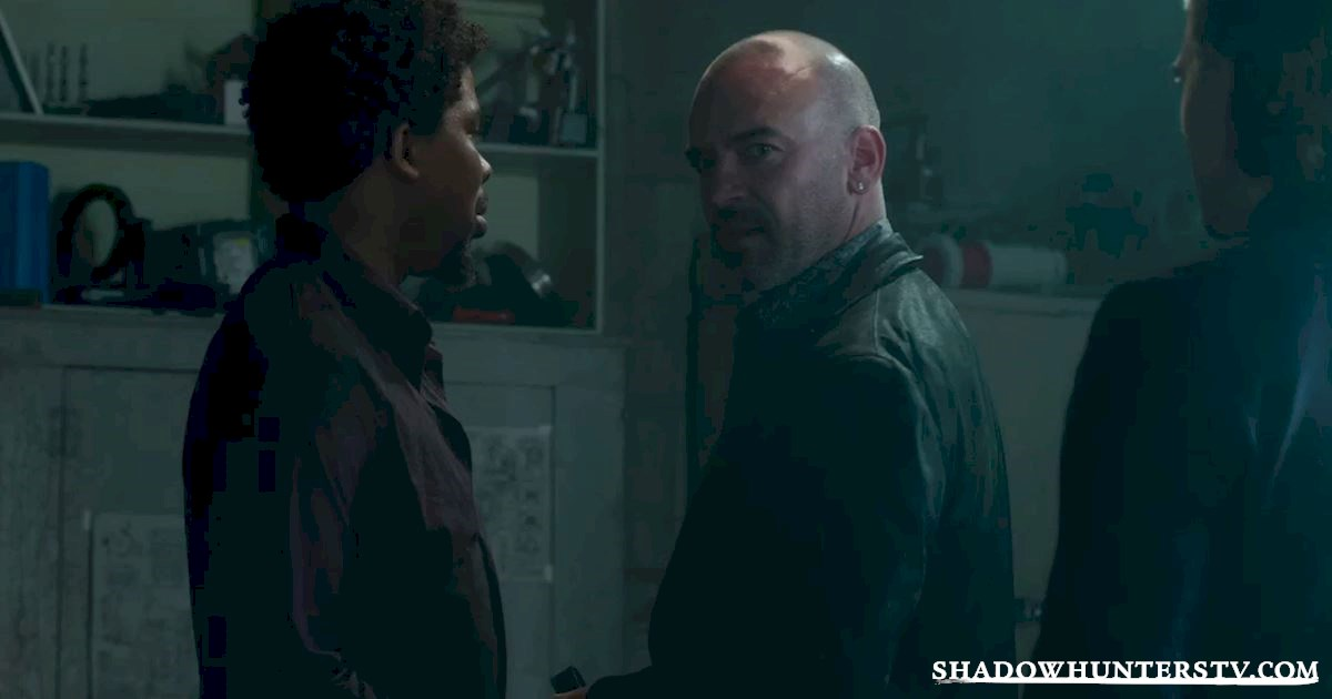 Shadowhunters - 32 Unbelievable Things We Learned From Episode 4 - 1011