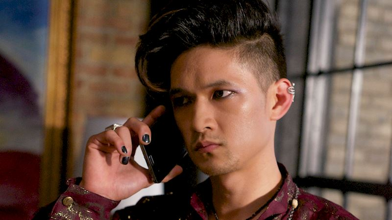 Shadowhunters - Steal Your Favorite Shadow World Style from Episode Five! - Thumb