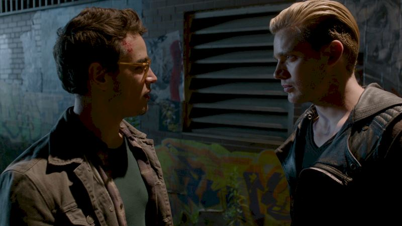 Shadowhunters - [EXCLUSIVE SNEAK PEEK] Episode 6: OMG Jace Pushes Simon One Step Too Far! - Thumb