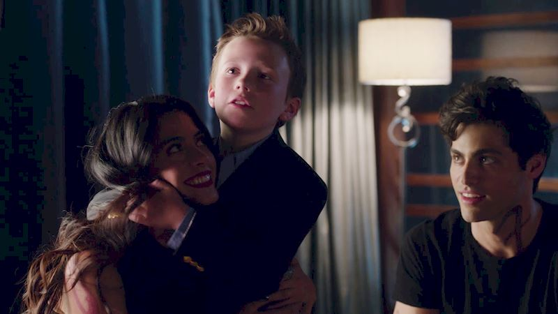 Shadowhunters - Episode Six: Check Out These Adorable Photos Of The Lightwood Family - Thumb