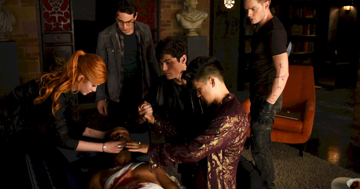 Shadowhunters - [PHOTOS] Episode 106: See How The Shadow World Was Brought To Life - 1004