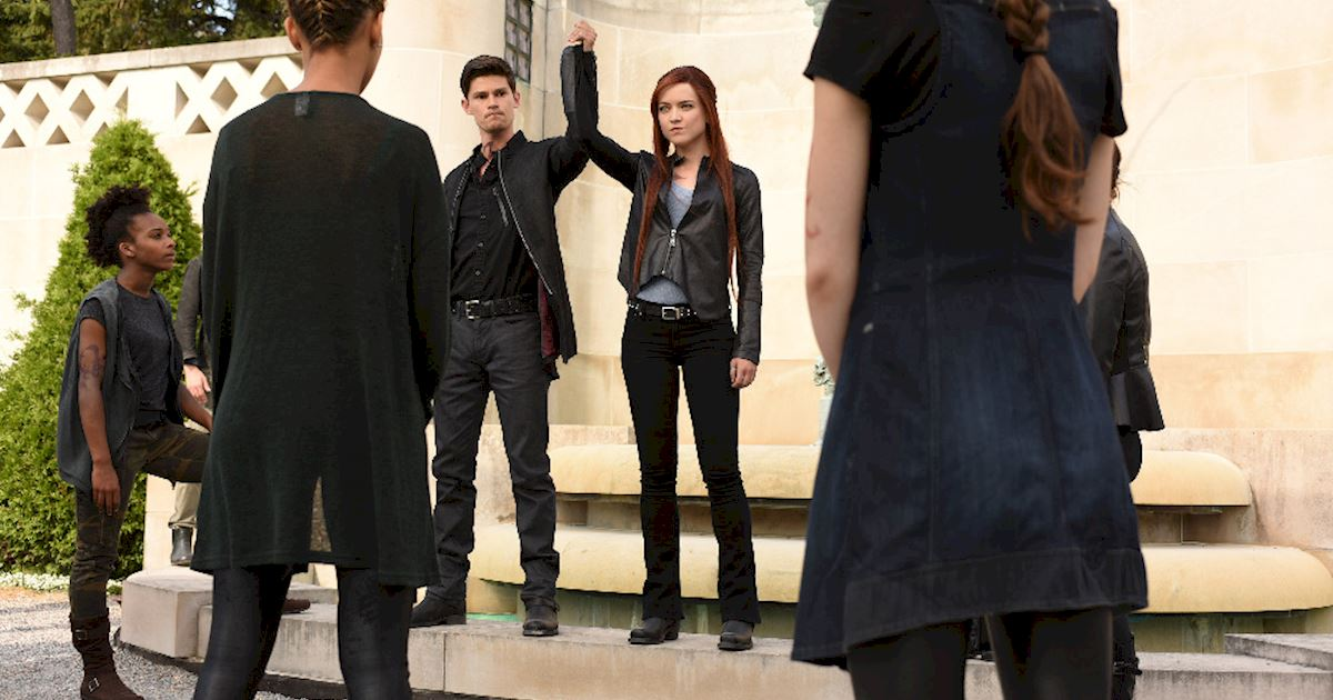 Shadowhunters - [PHOTOS] Episode 106: See How The Shadow World Was Brought To Life - 1002