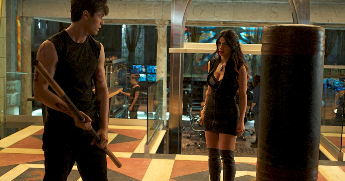 Shadowhunters - [PHOTOS] Episode 106: See How The Shadow World Was Brought To Life - 1017