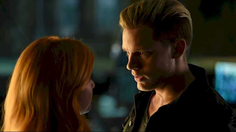 Shadowhunters - [VIDEO] Episode 107 Preview: Did Clary Really Just Do That? - Thumb