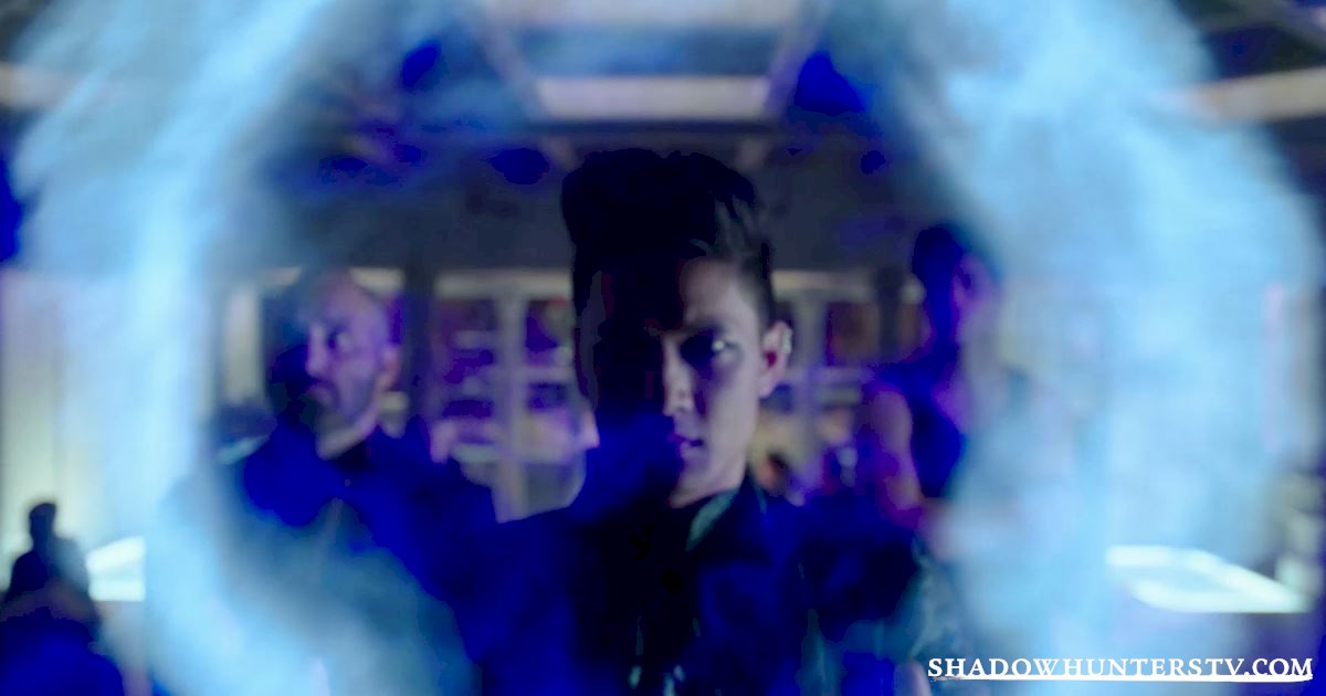 Shadowhunters - 24 Things We Learned From Episode Nine That Will Blow Your Mind! - 1004