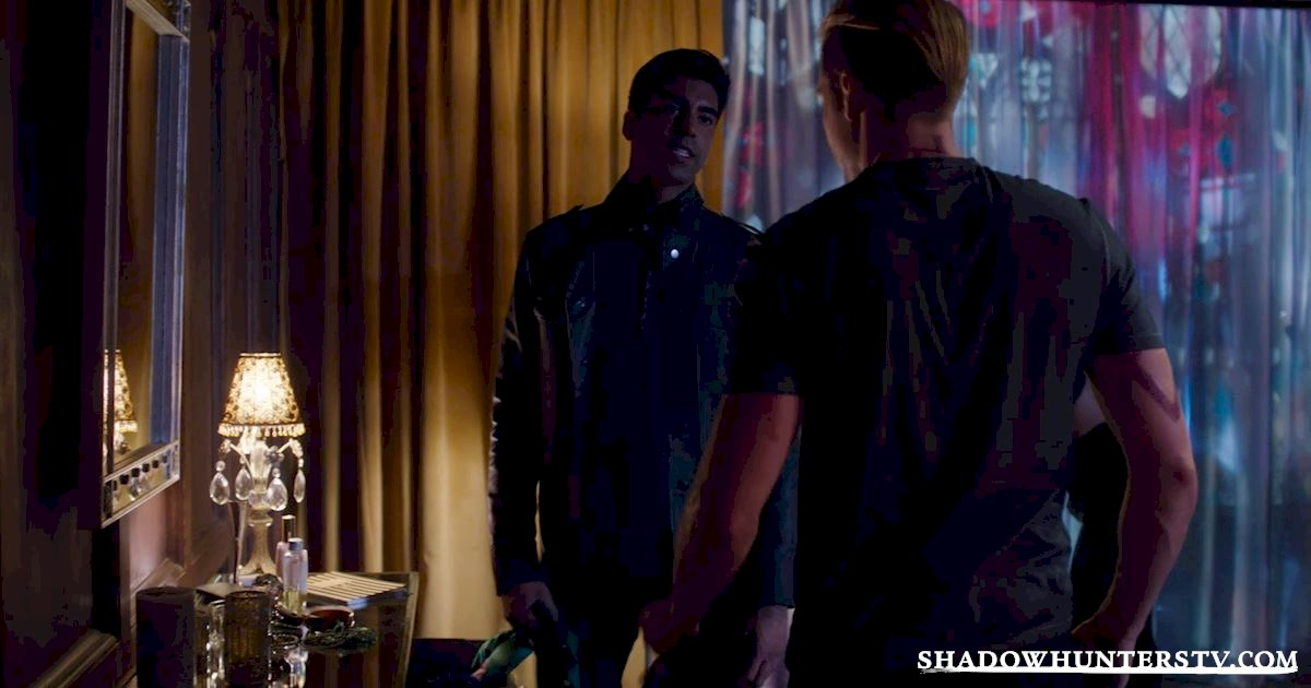 Shadowhunters - 24 Things We Learned From Episode Nine That Will Blow Your Mind! - 1017