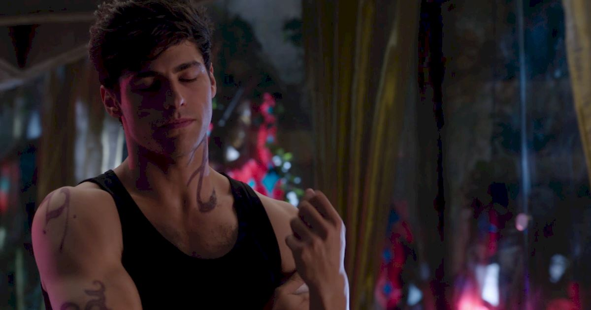 Shadowhunters - Episode 9: 30 Magical Moments You Might Have Missed! - 1015