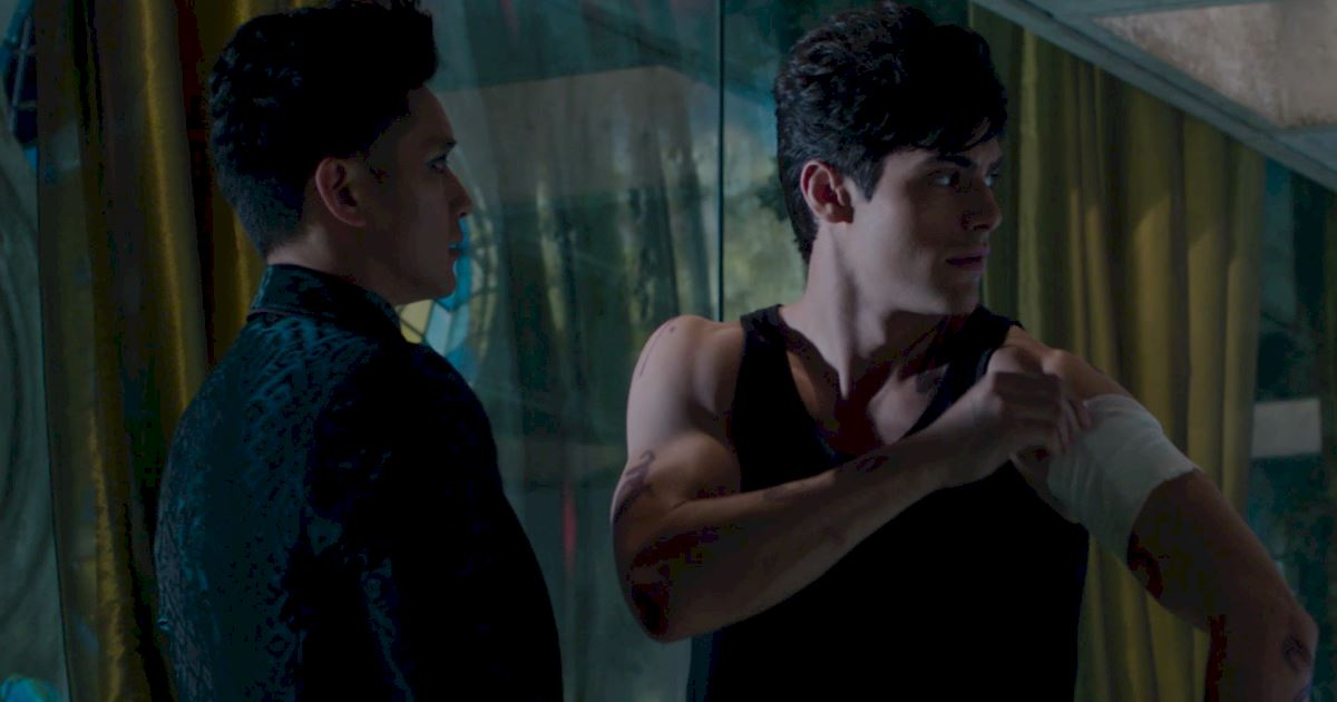 Shadowhunters - Episode 9: 30 Magical Moments You Might Have Missed! - 1011