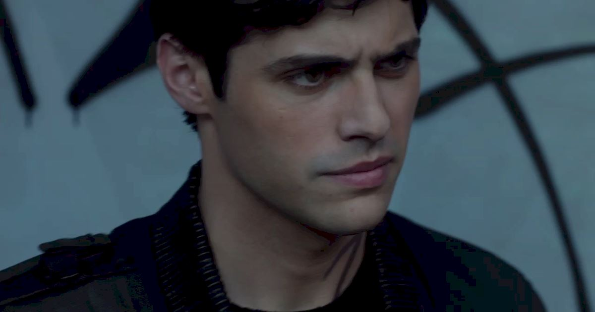 Shadowhunters - The Best Dirty Looks Of Season One (So Far) - 1018