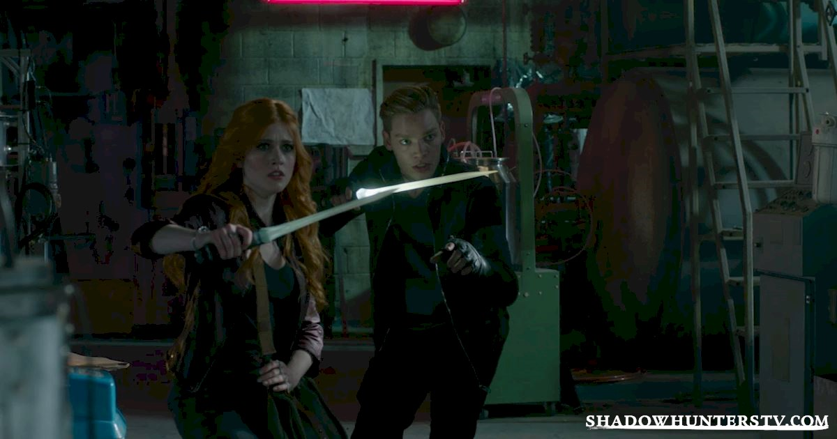 Shadowhunters - 28 Episode Ten Things We Learned That Turned Our World Upside Down - 1060