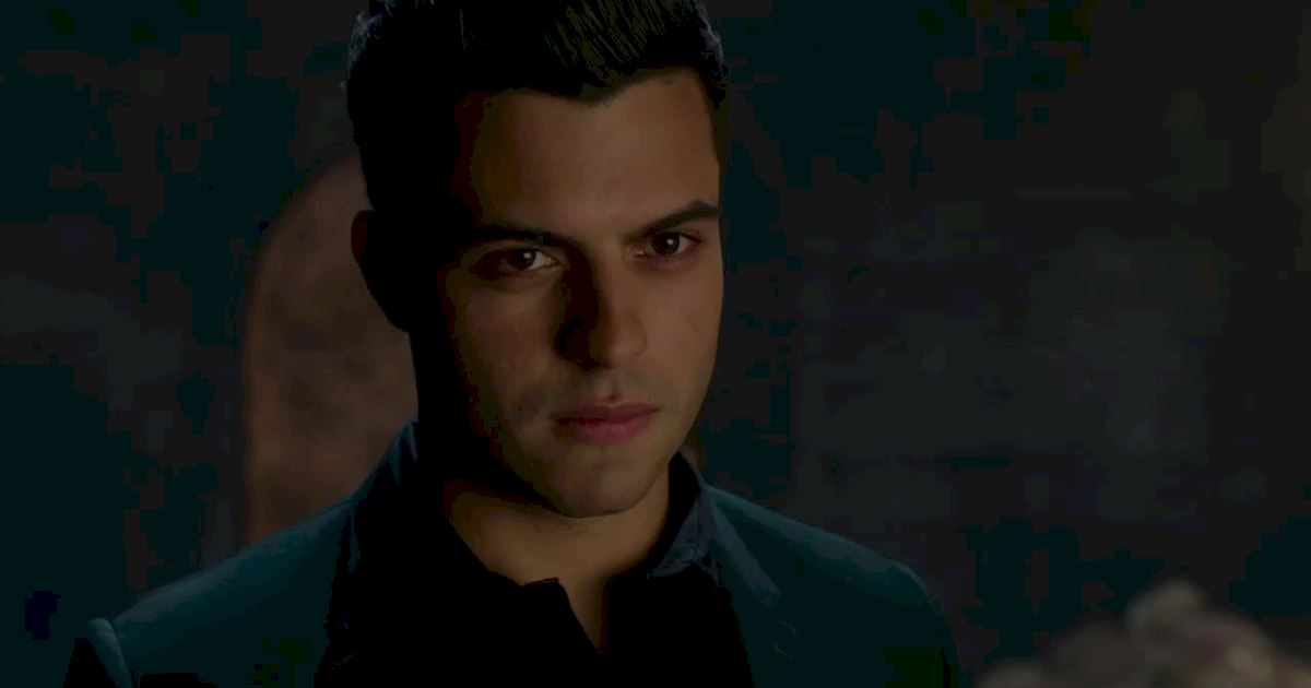 Shadowhunters - The Best Dirty Looks Of Season One (So Far) - 1012