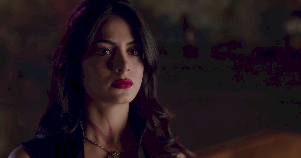 Shadowhunters - The Best Dirty Looks Of Season One (So Far) - 1032