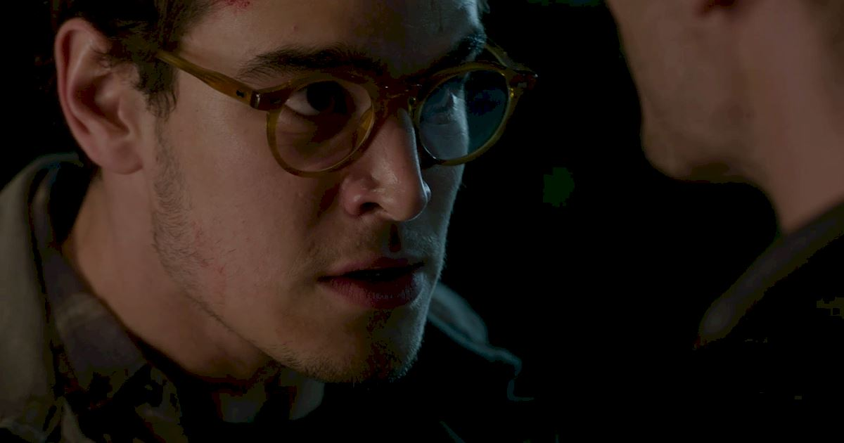 Shadowhunters - The Best Dirty Looks Of Season One (So Far) - 1026