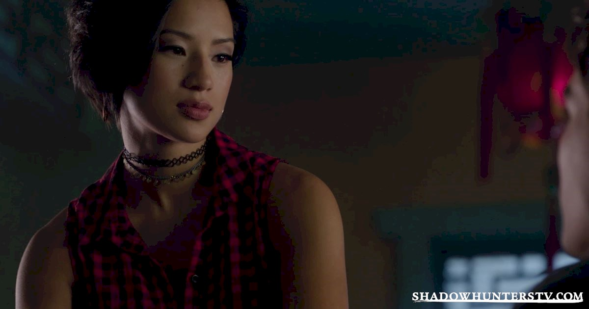 Shadowhunters - 28 Episode Ten Things We Learned That Turned Our World Upside Down - 1009