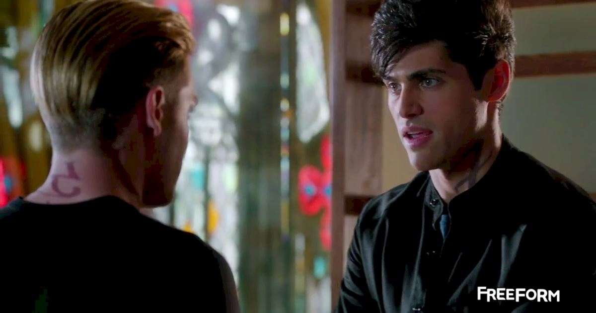 Shadowhunters - 9 Heart-Stopping Moments From The Episode 11 Sneak Peek - 1005