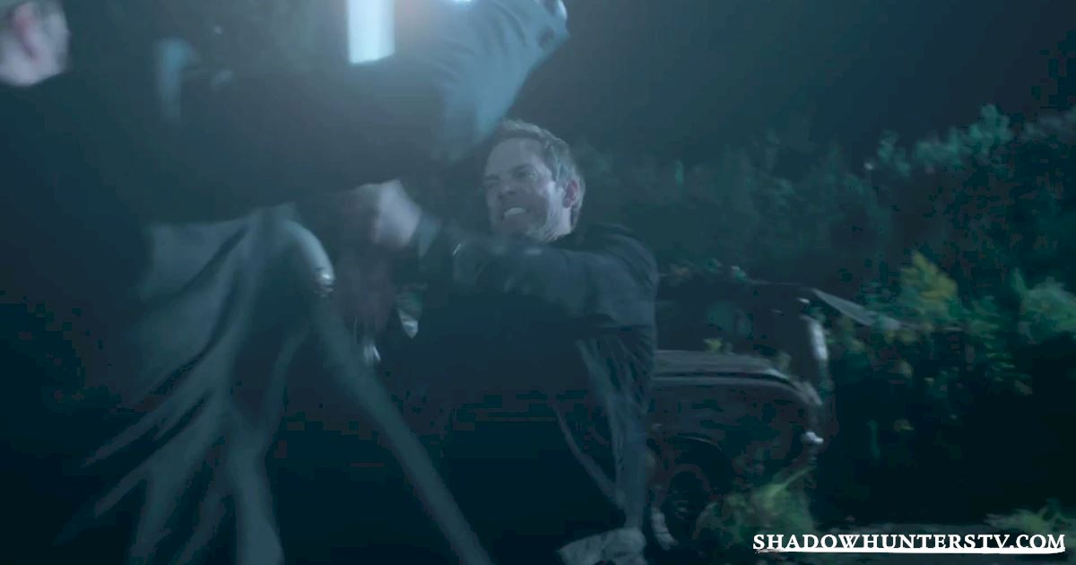 Shadowhunters - Episode 11 Sneak Peek: Our Shadowhunters Are Hot On Valentine's Heels! - 1006
