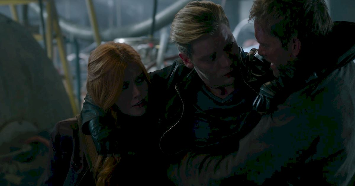 Shadowhunters - Blood Calls to Blood: The Official Episode 11 Recap! - 1001