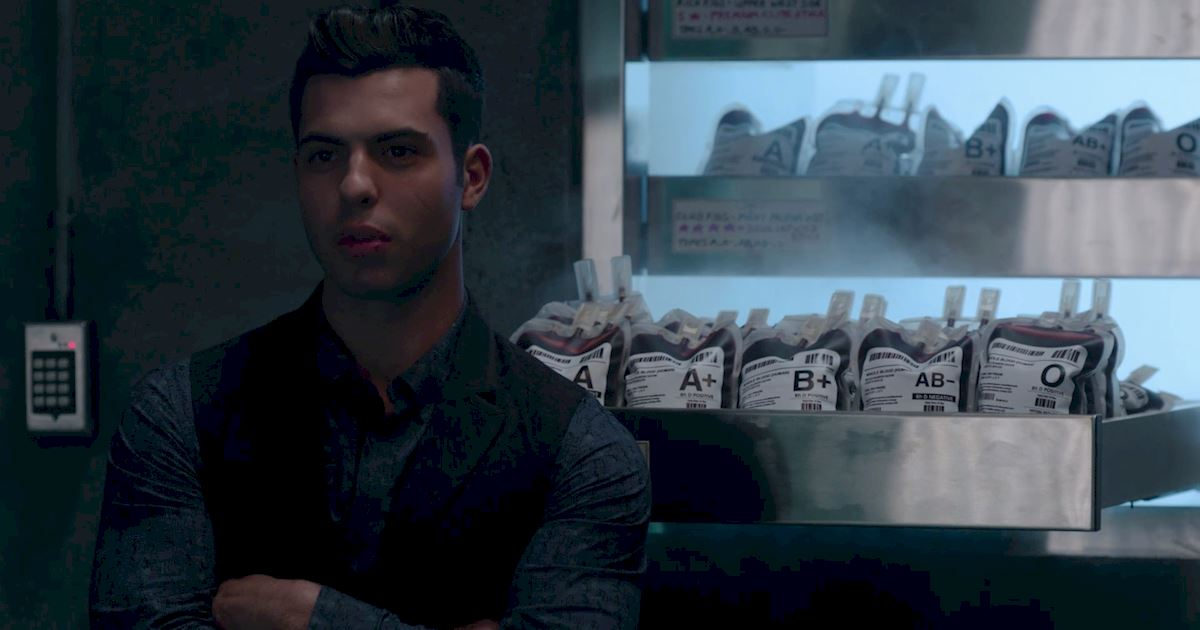 Shadowhunters - Blood Calls to Blood: The Official Episode 11 Recap! - 1004
