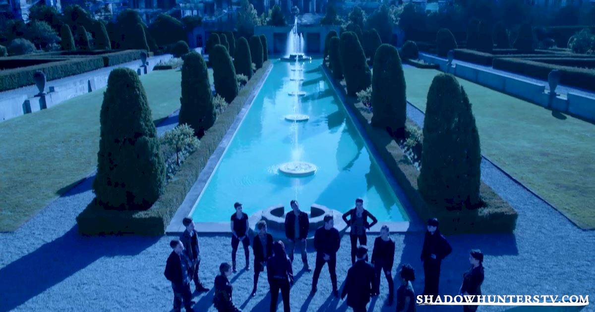 Shadowhunters - 24 Reasons We Are All Valentine! - 1001