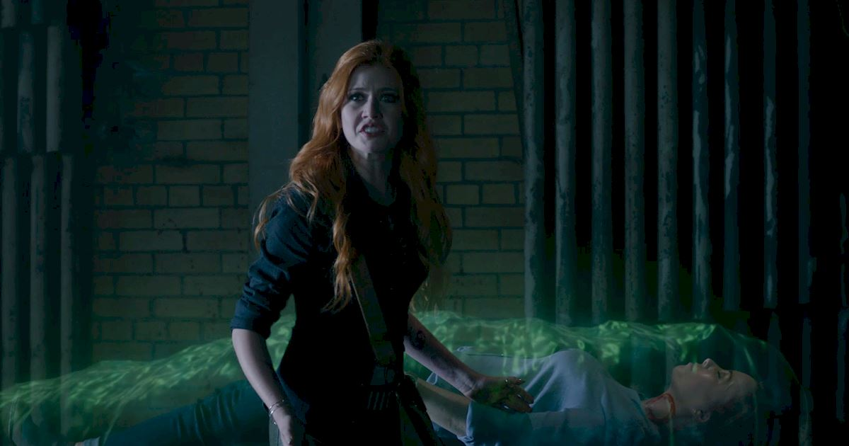 Shadowhunters - Blood Calls to Blood: The Official Episode 11 Recap! - 1012