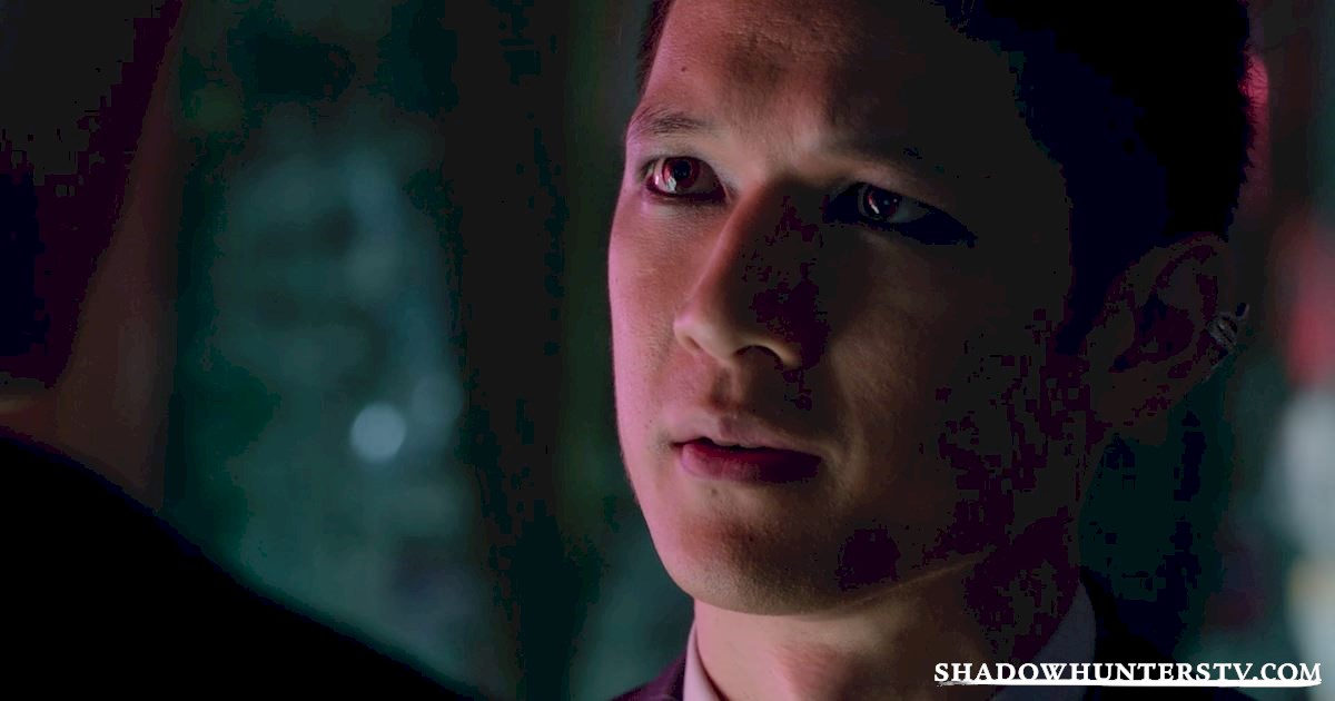 Shadowhunters - 13 Reasons You Want Magnus Bane As Your Lawyer! - 1012