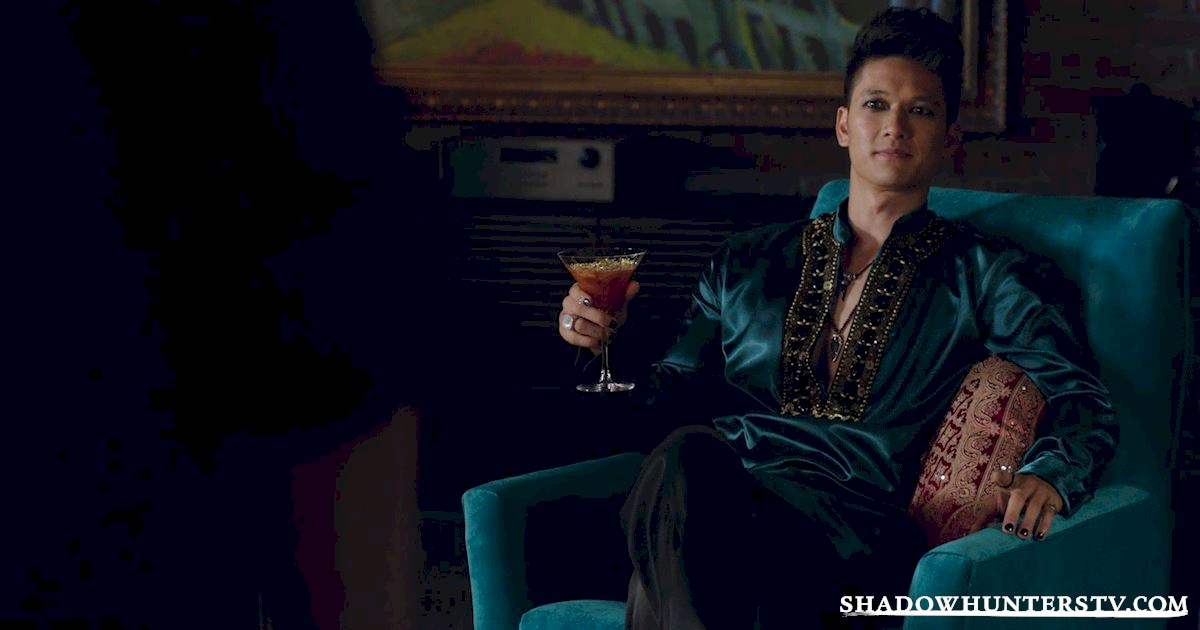 Shadowhunters - 13 Reasons You Want Magnus Bane As Your Lawyer! - 1013