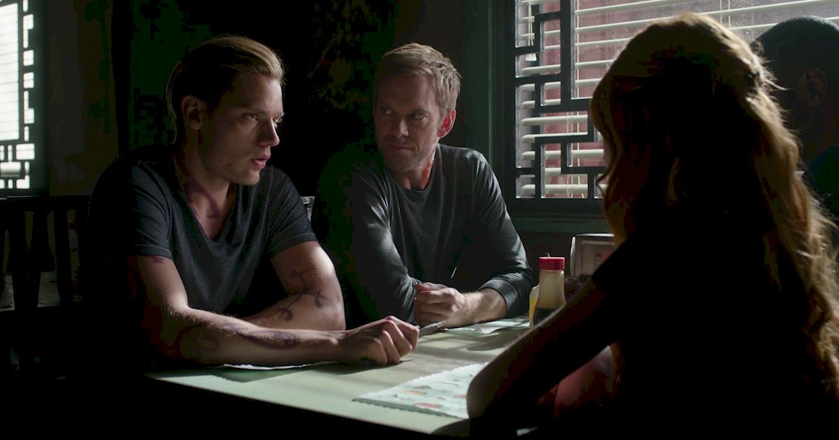 Shadowhunters - Blood Calls to Blood: The Official Episode 11 Recap! - 1007