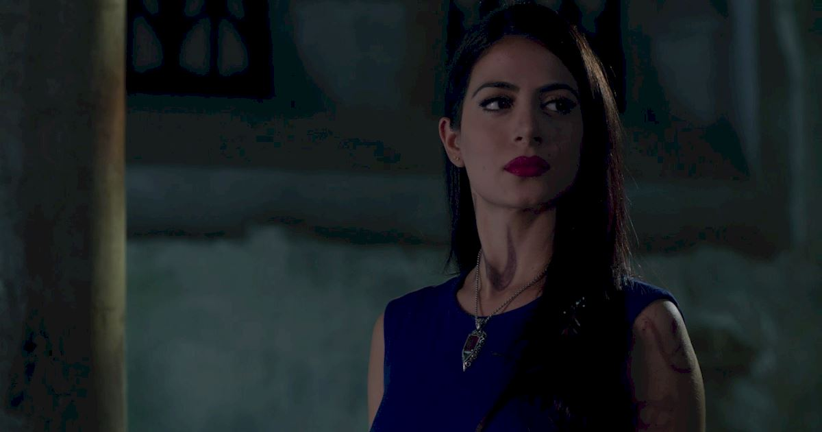Shadowhunters - Blood Calls to Blood: The Official Episode 11 Recap! - 1011